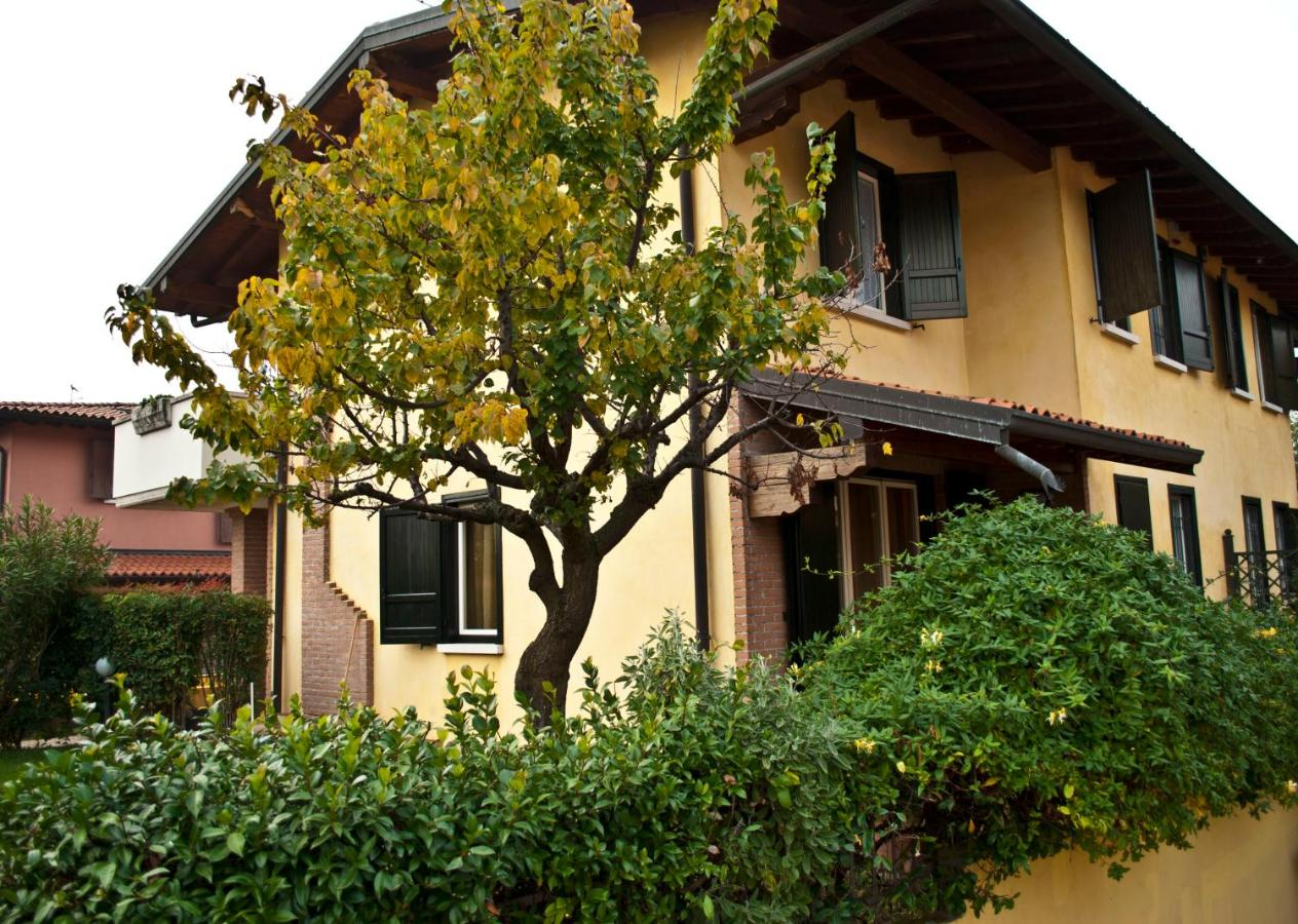 Bed And Breakfasts In Adro Lombardy