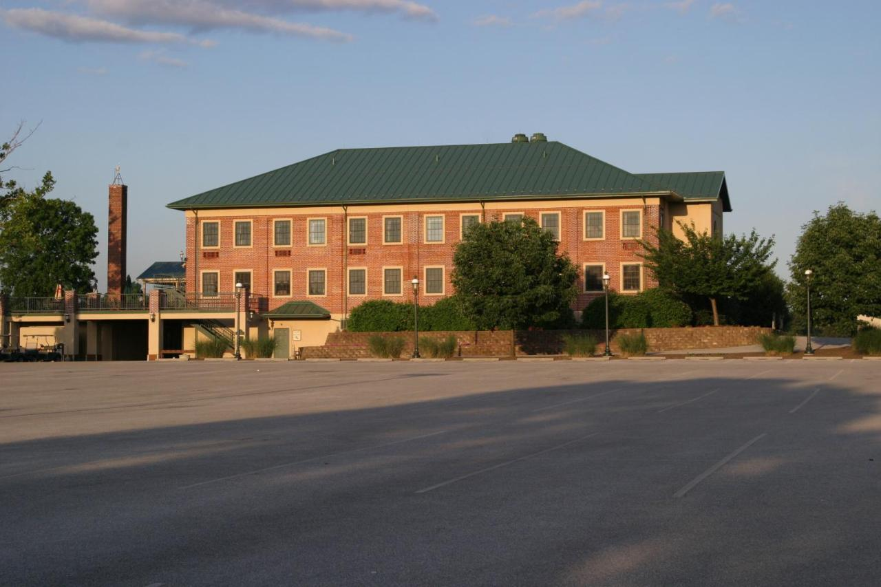 Hotels In New Oxford Pennsylvania