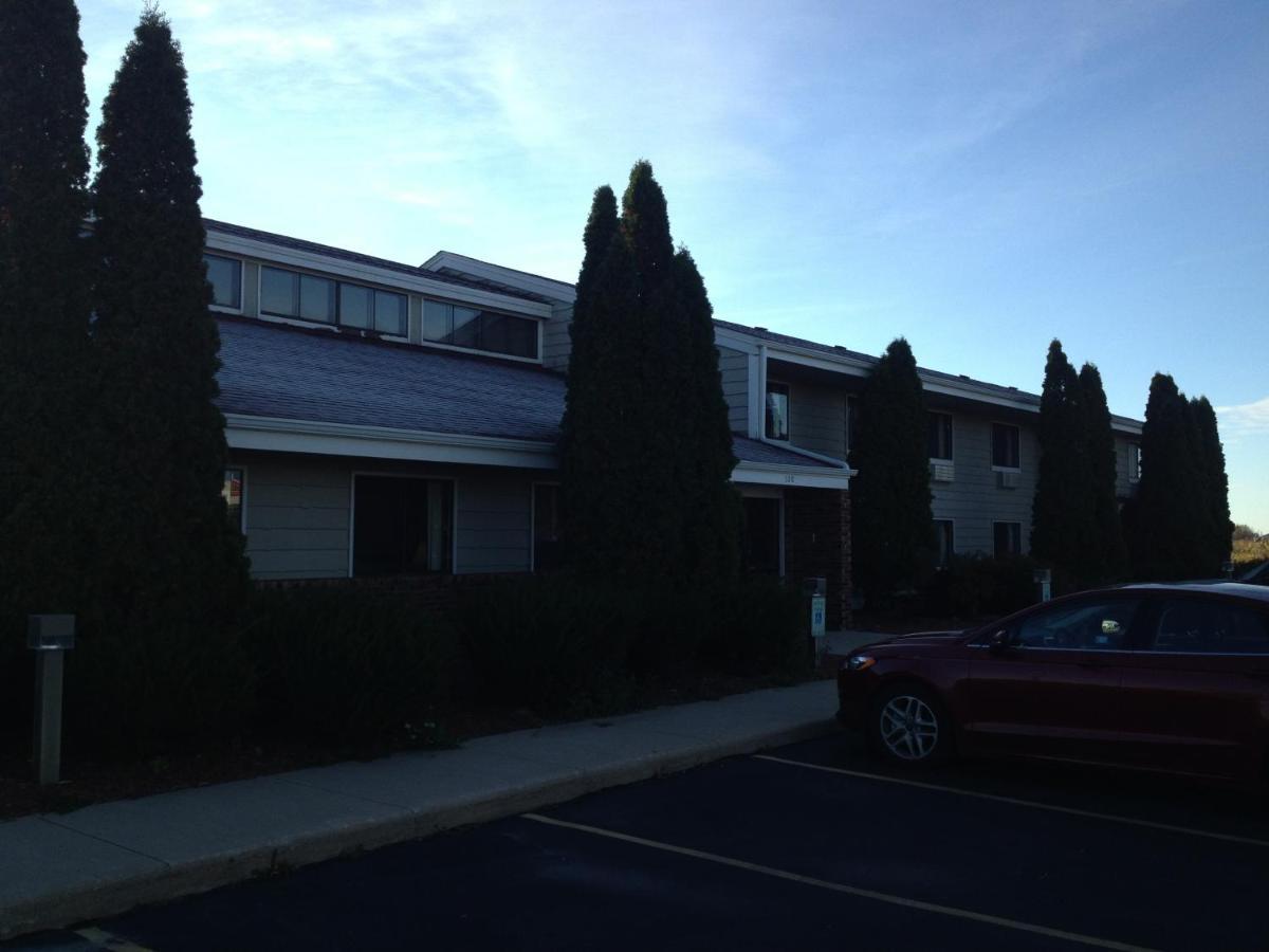 Hotels In Port Washington Wisconsin