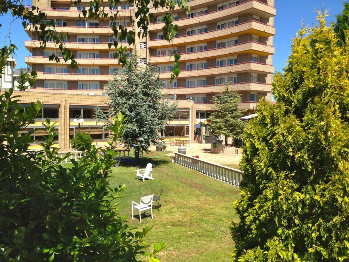 Hotels In Proaño Cantabria