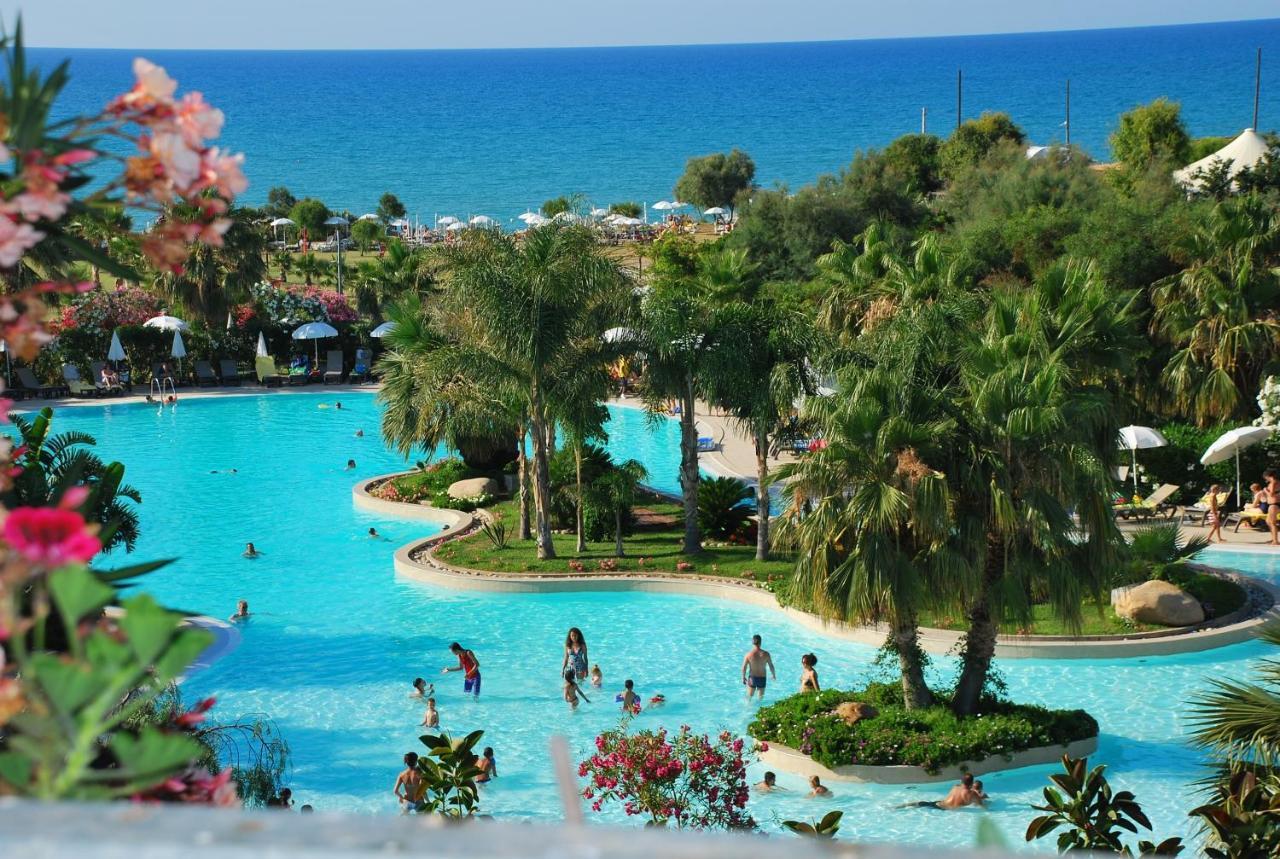Acacia Resort, Sicile, Campofelice di Roccella, Italy - Booking.com