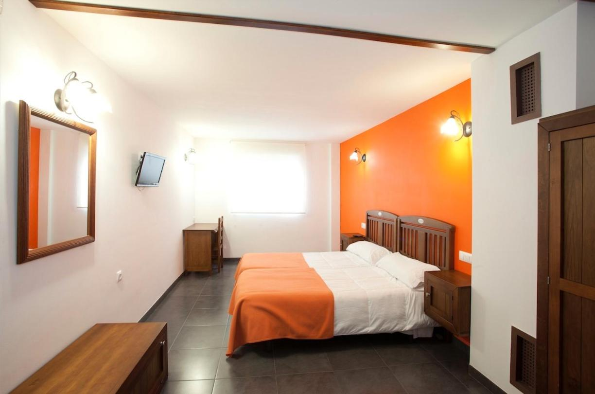 Guest Houses In Silim Valencia Community
