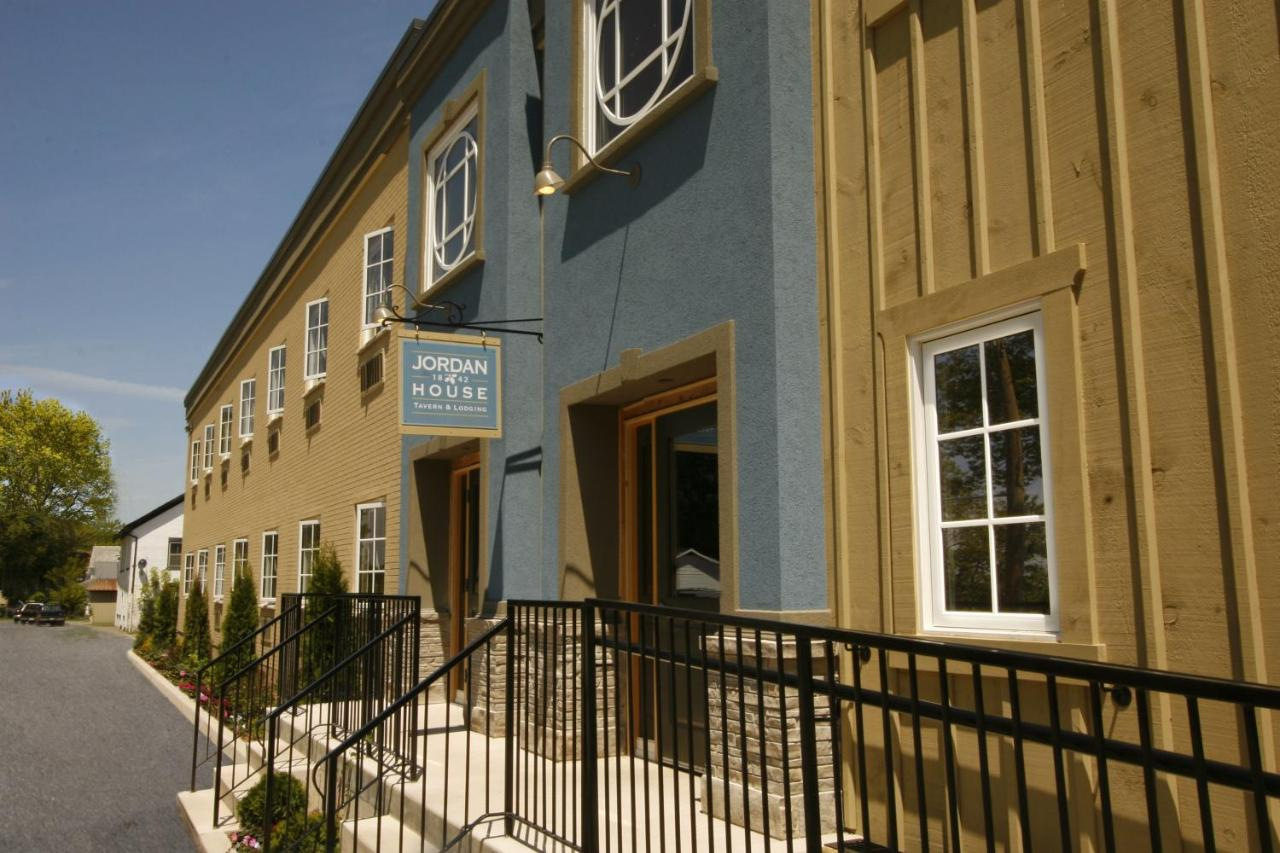 Hotels In Beamsville Ontario