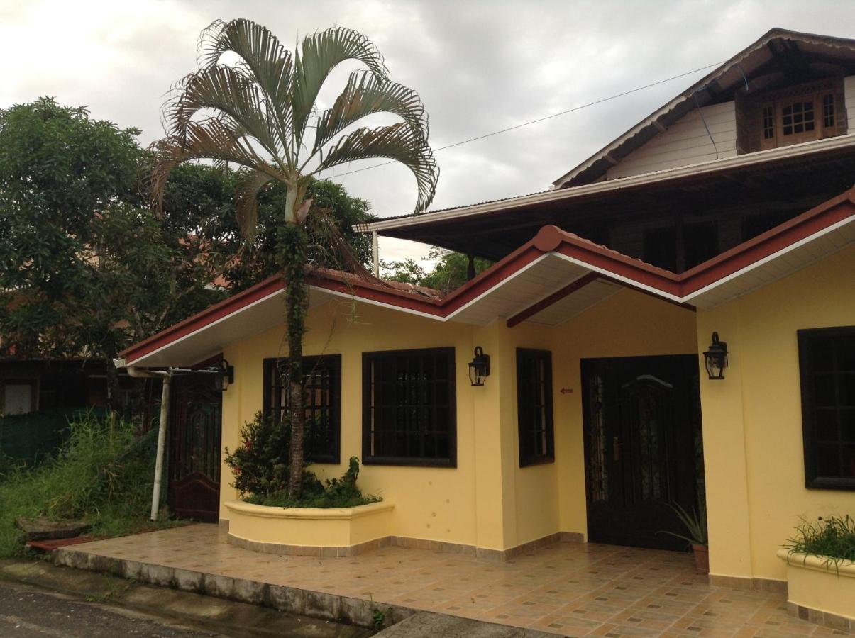 Guest Houses In Istmito Bocas Del Toro