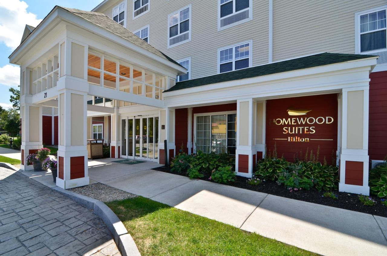 Hotels In Oldfields Maine