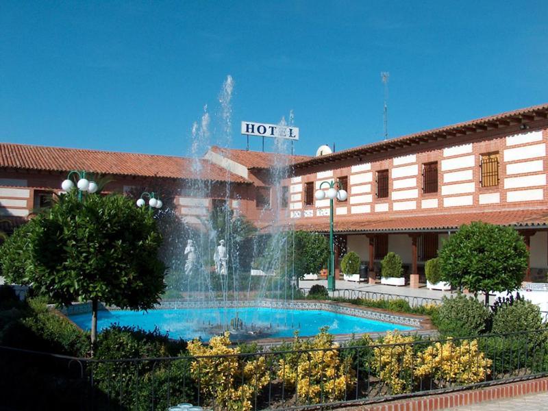 Hotels In Navas Del Rey Community Of Madrid