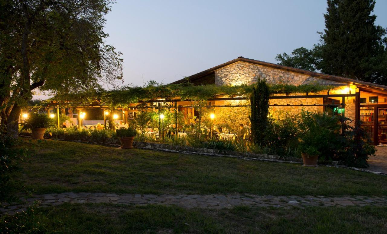 Hotels In Abadia A Isola Tuscany