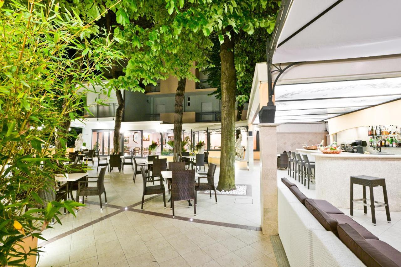 Hotel Belsoggiorno (Italien Bellaria-Igea Marina) - Booking.com
