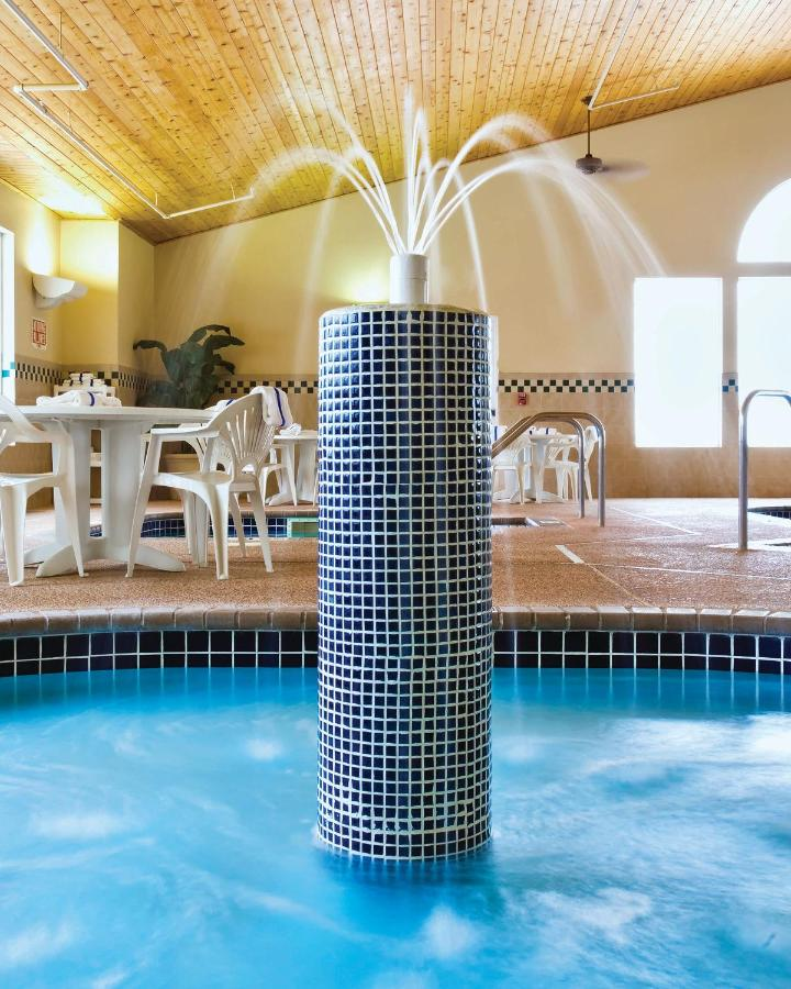 Country Inn Suites By Radisson Albertville Mn Usa Deals From 97 For 2018 19