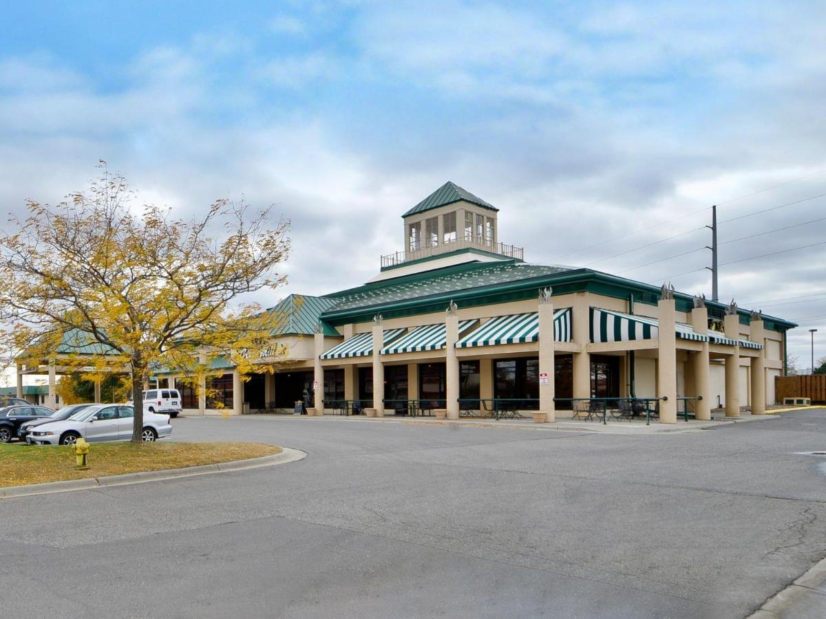 Hotels In Medina Minnesota