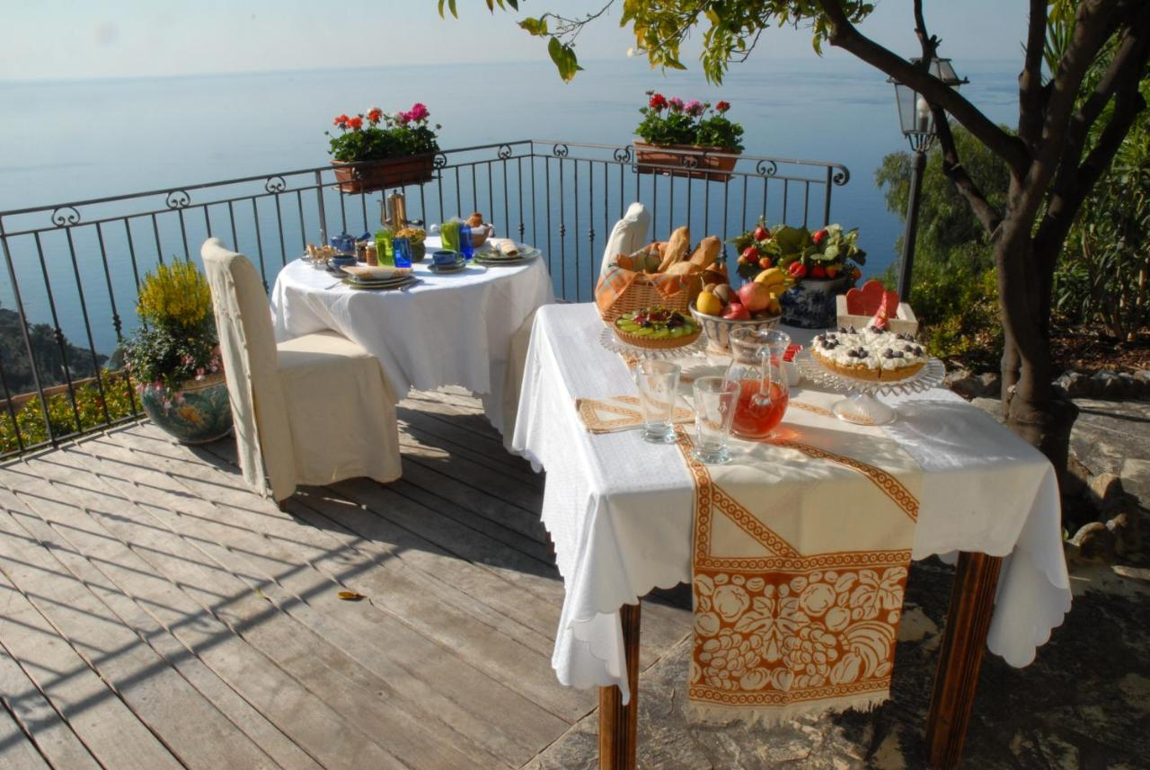 Bed And Breakfasts In Roquebrune-cap-martin Provence-alpes-côte D