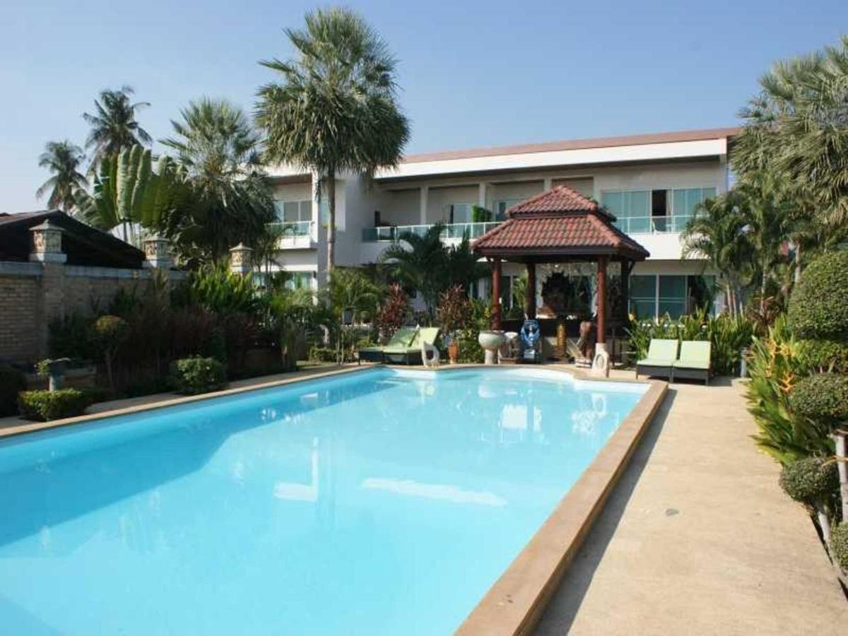 Guest Houses In Ban Sawaeng Ha Ang Thong Province