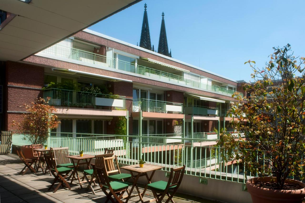 Adagio Koln City Aparthotel Residenz Am Dom Cologne Germany Bookingcom