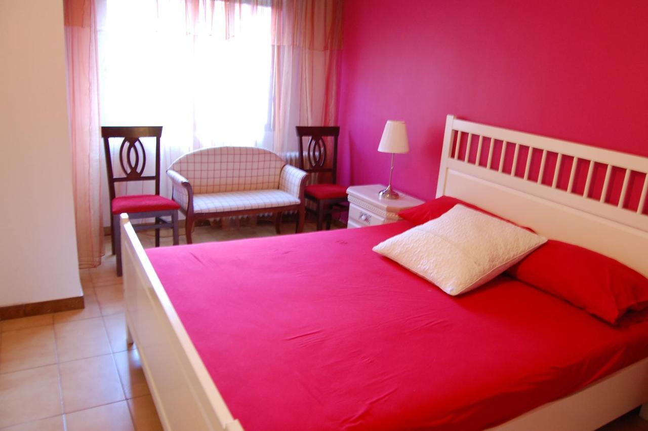 Guest Houses In Torres De Berrellén Aragon