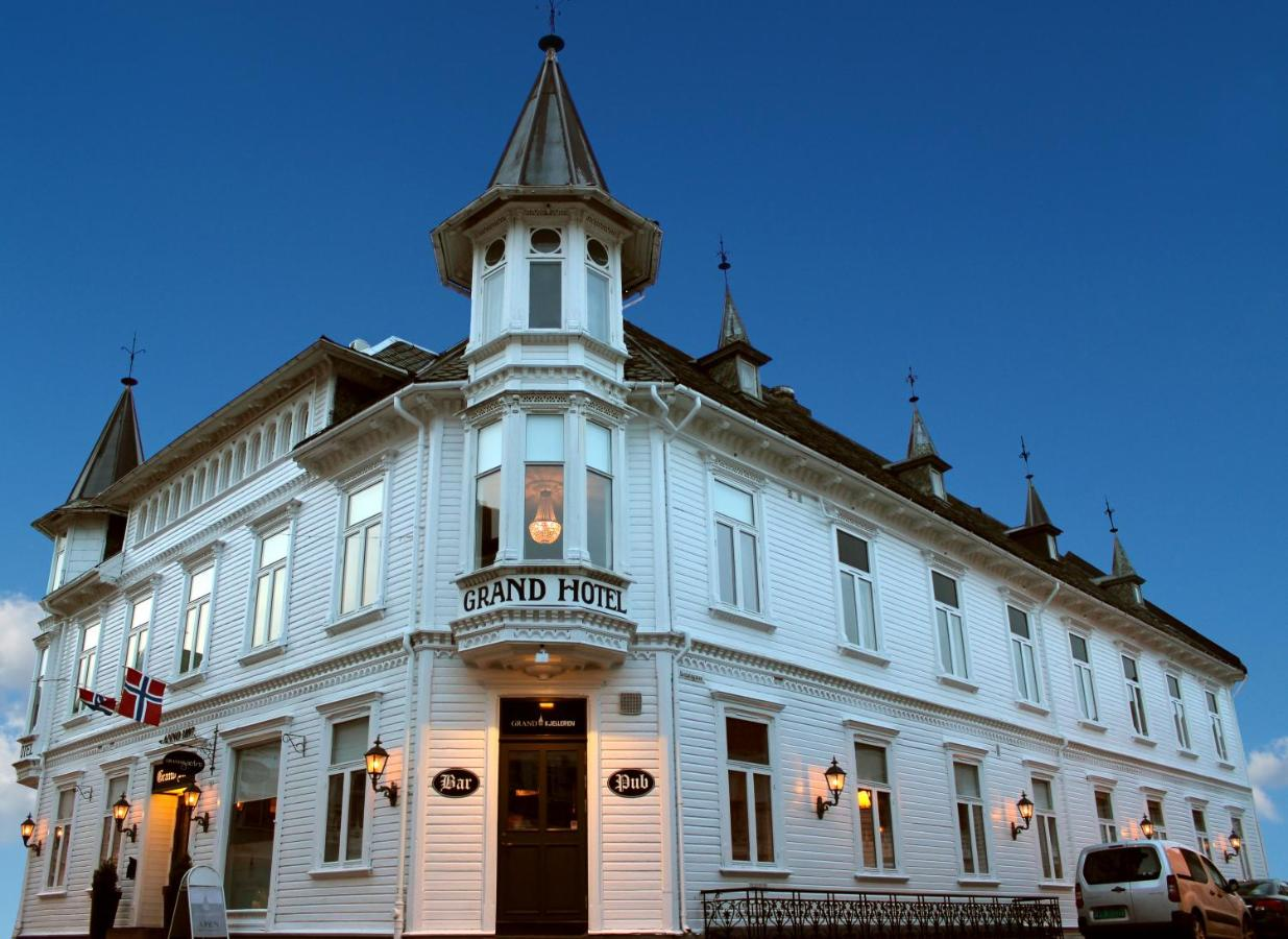 Hotels In Sira Rogaland