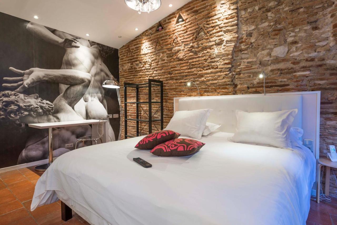 Hotels In Puycalvel Lautrec Midi-pyrénées