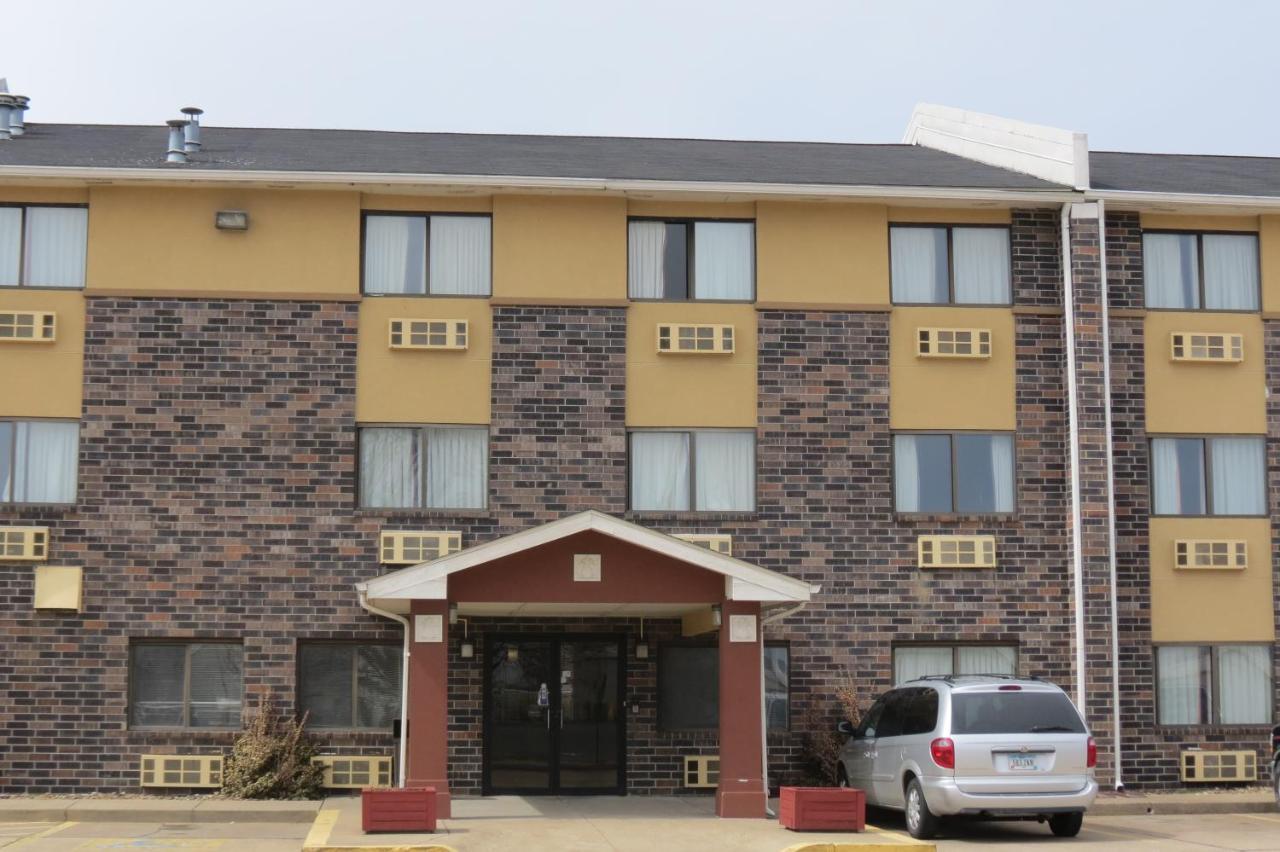 Hotels In Stevenson Indiana