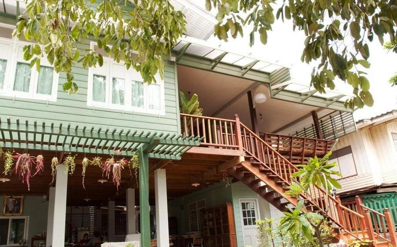 Bed And Breakfasts In Ban Phu Khao Thong Phra Nakhon Si Ayutthaya Province