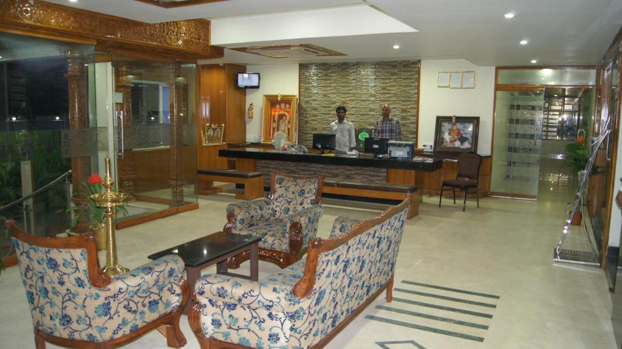 Hotel MGM Grand, Srikalahasti, India - Booking com