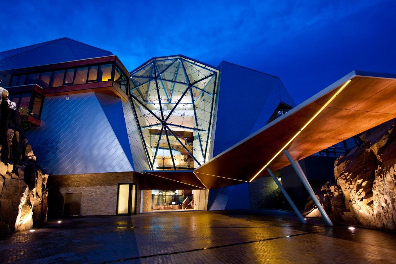 Resorts In Okanagan Landing British Columbia