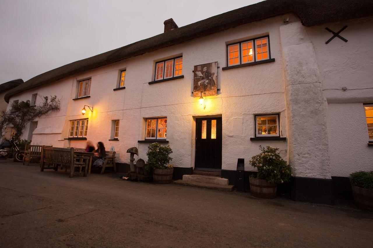 Hotels In Sampford Courtenay Devon