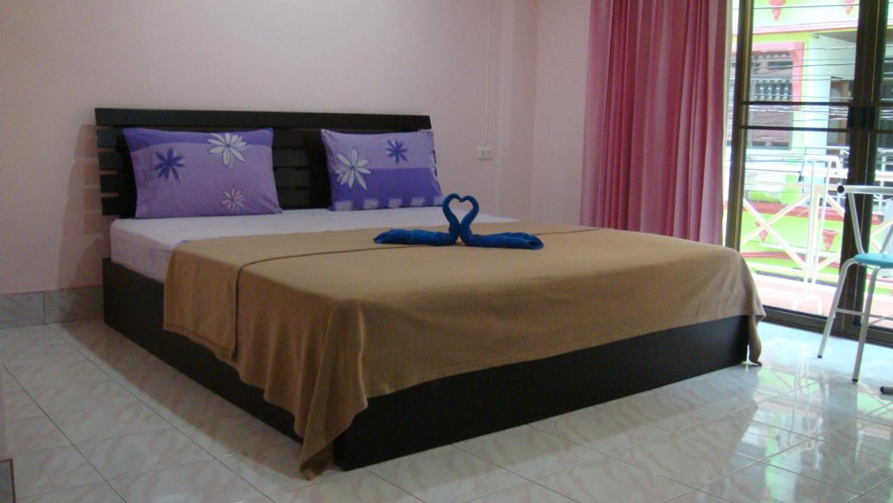 Guest Houses In Ban Thung Thong Phuket Province