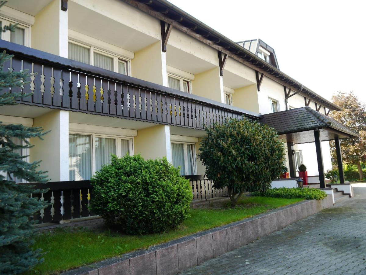 Hotel zum Schwan, Hügelsheim – Precios actualizados 2019