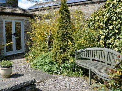 Low fold farm cottage pateley bridge uk booking com