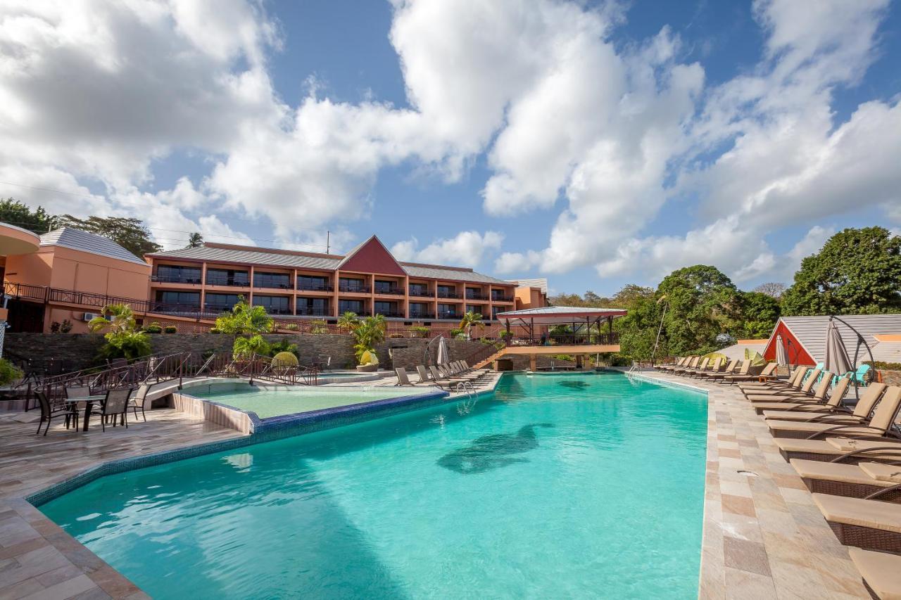 Resorts In Carnbee Village Tobago