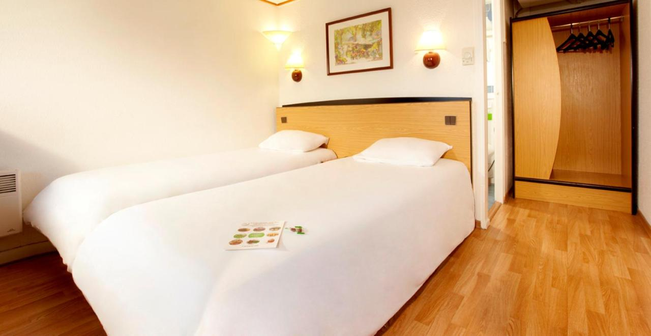 Hotels In Saint-hilaire-sur-helpe Nord
