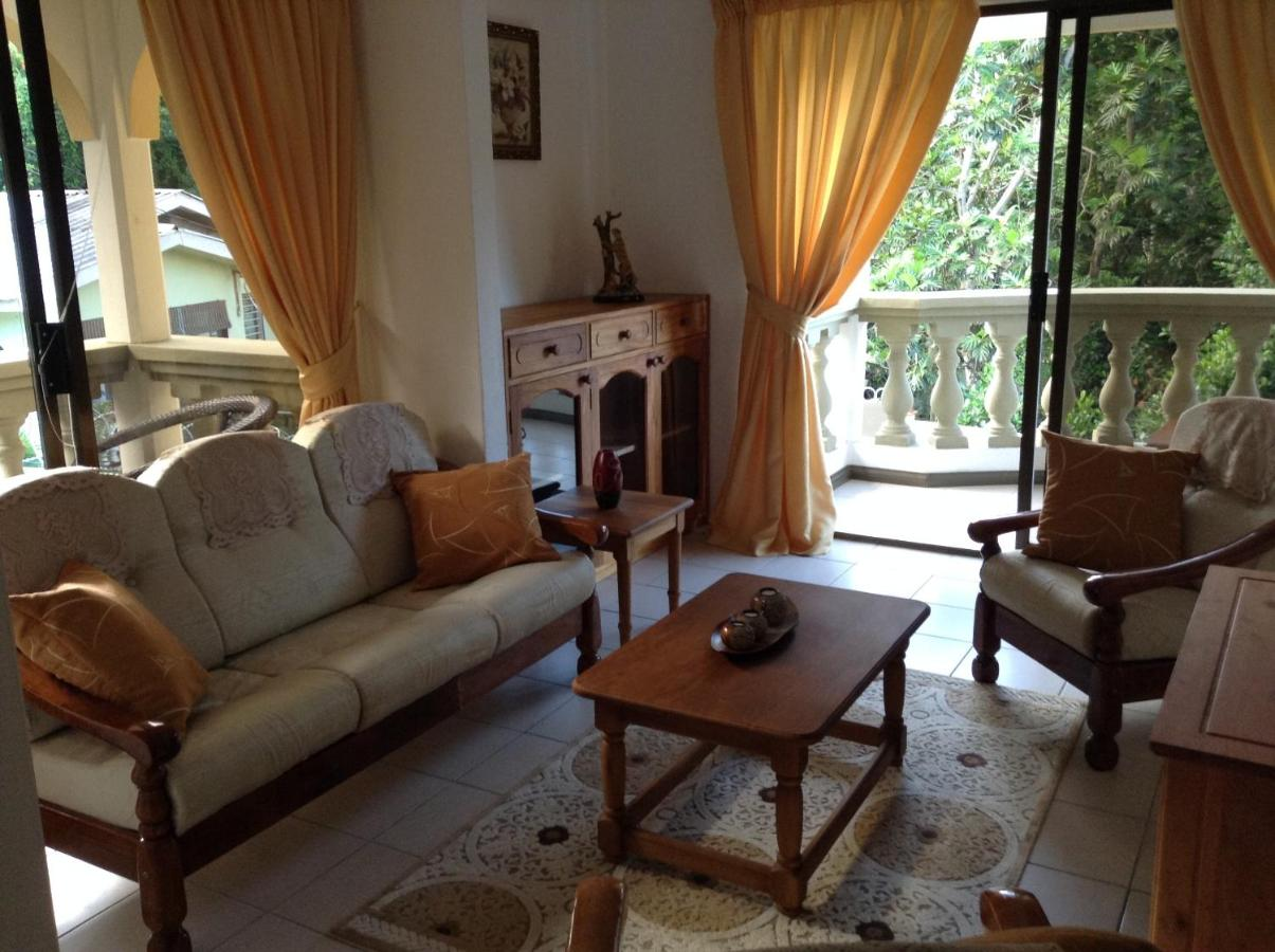 Apartment Alisee, Anse Royale, Seychelles - Booking.com