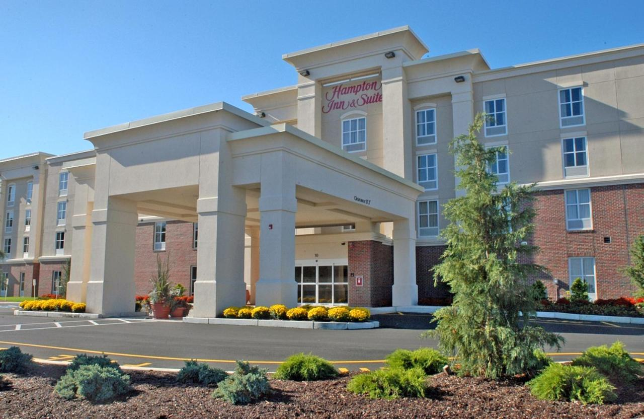 Hotels In Cedar Bushes Massachusetts