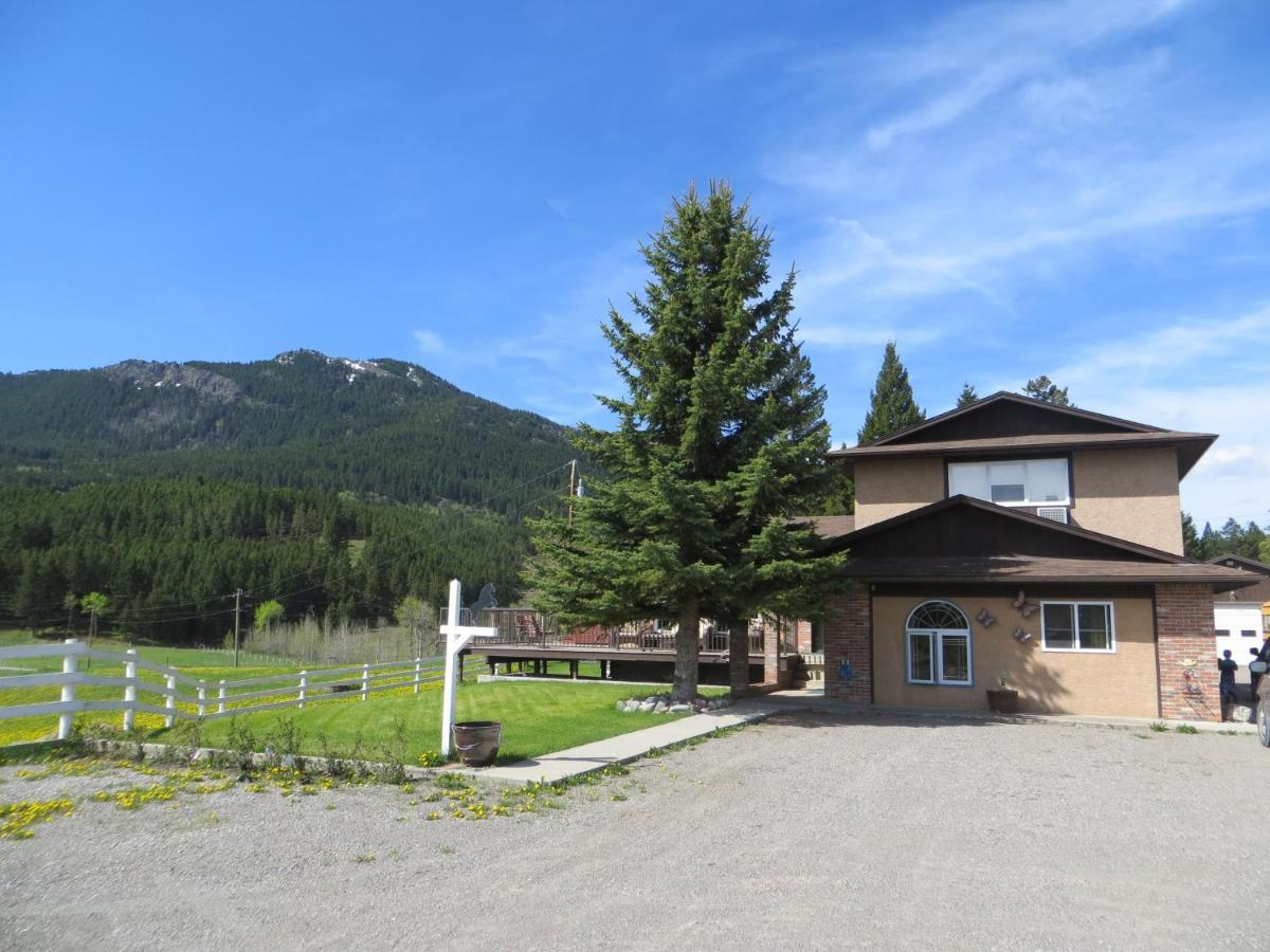 Bed And Breakfasts In Coleman Alberta