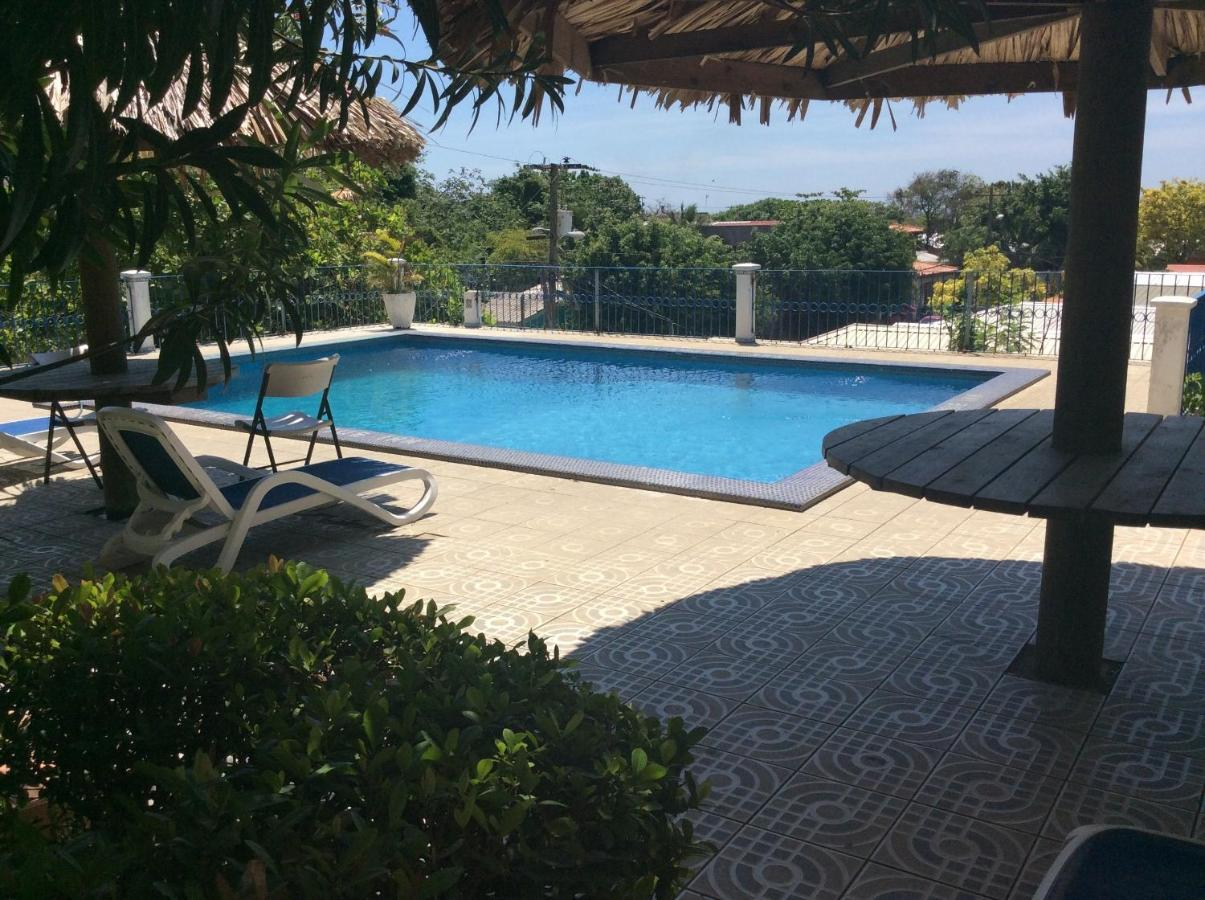 Hotels In Brick Bay Roatan Island