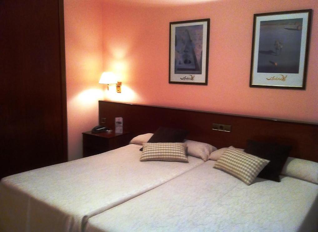 Hotels In Montferrer Catalonia