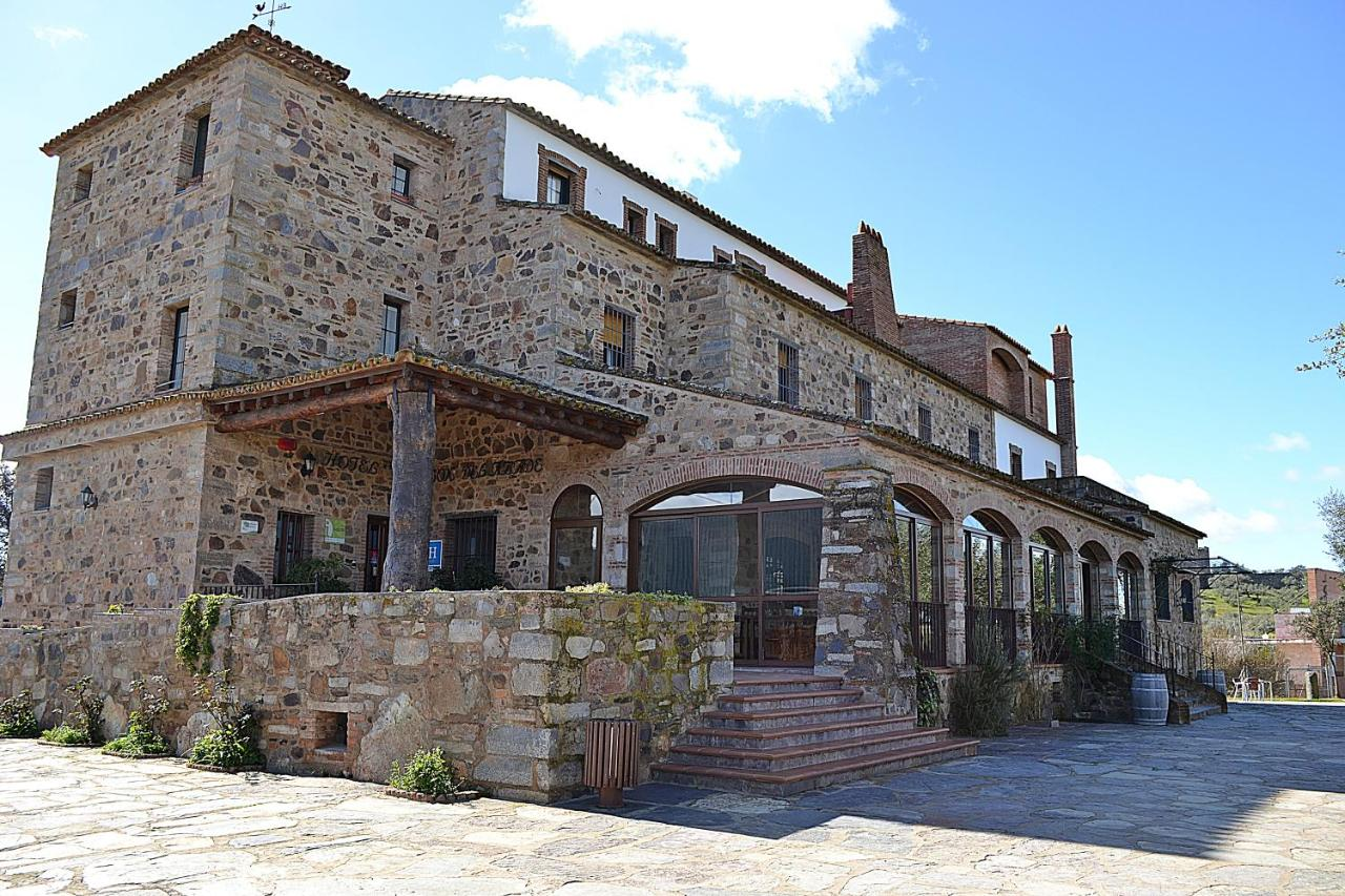 Hotels In La Nava Andalucía
