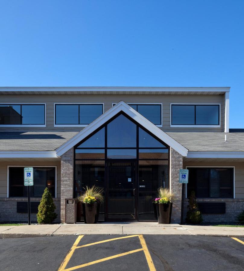Hotels In Jackson Wisconsin