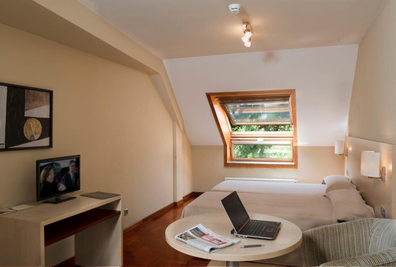 Apartamentos Attica21 Portazgo (Spanje A Coruña) - Booking.com