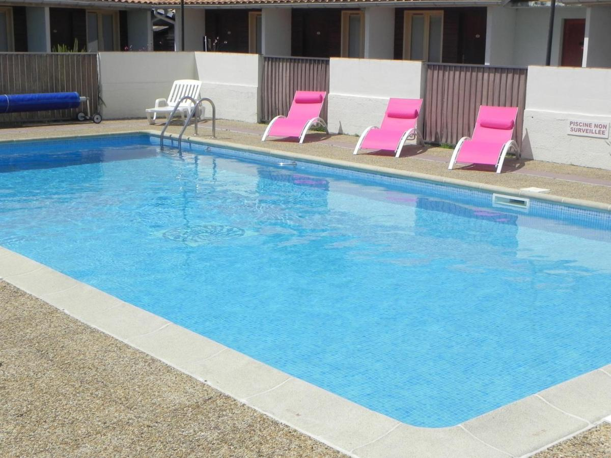 Hotels In Saint-isidore Aquitaine