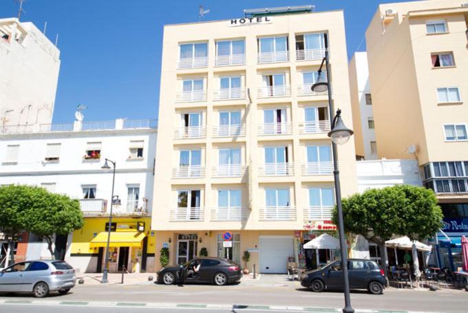 Hotels In Castillo De Sabinillas Andalucía