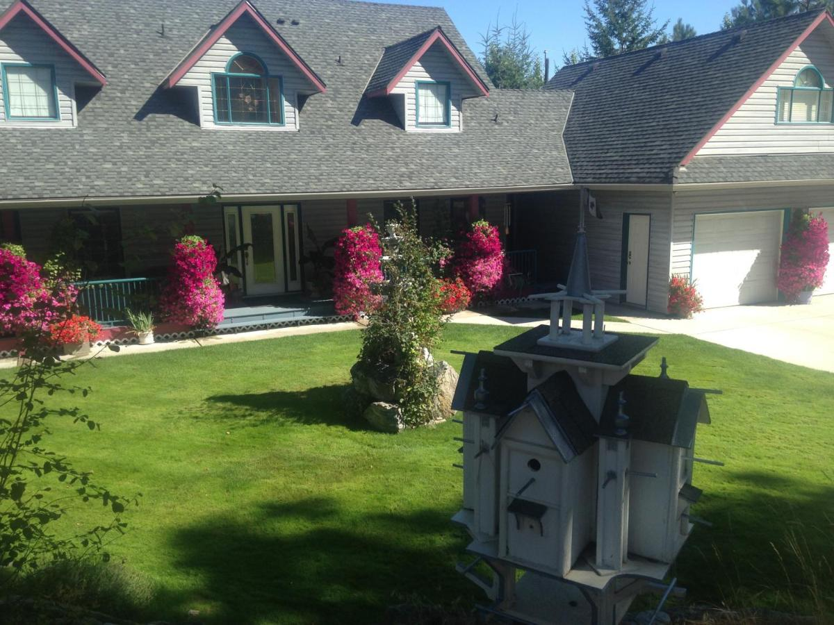 Bed And Breakfasts In Okanagan Landing British Columbia