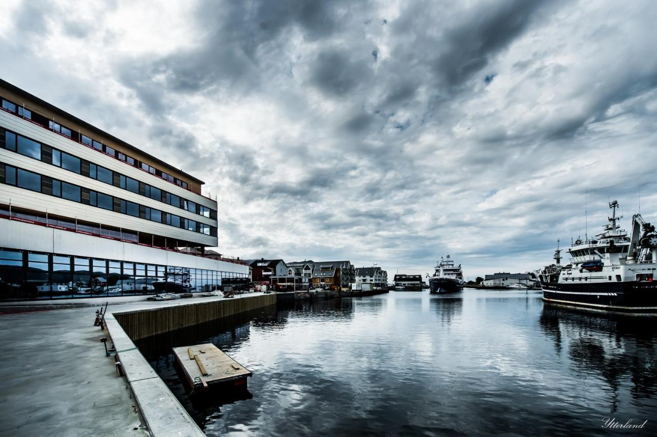 Hotels In Leikanger Møre Og Romsdal