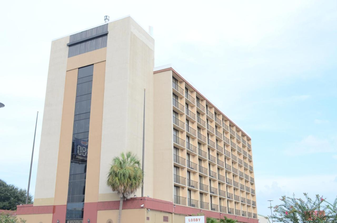 Hotels In B And S Warehouse Heliport Texas