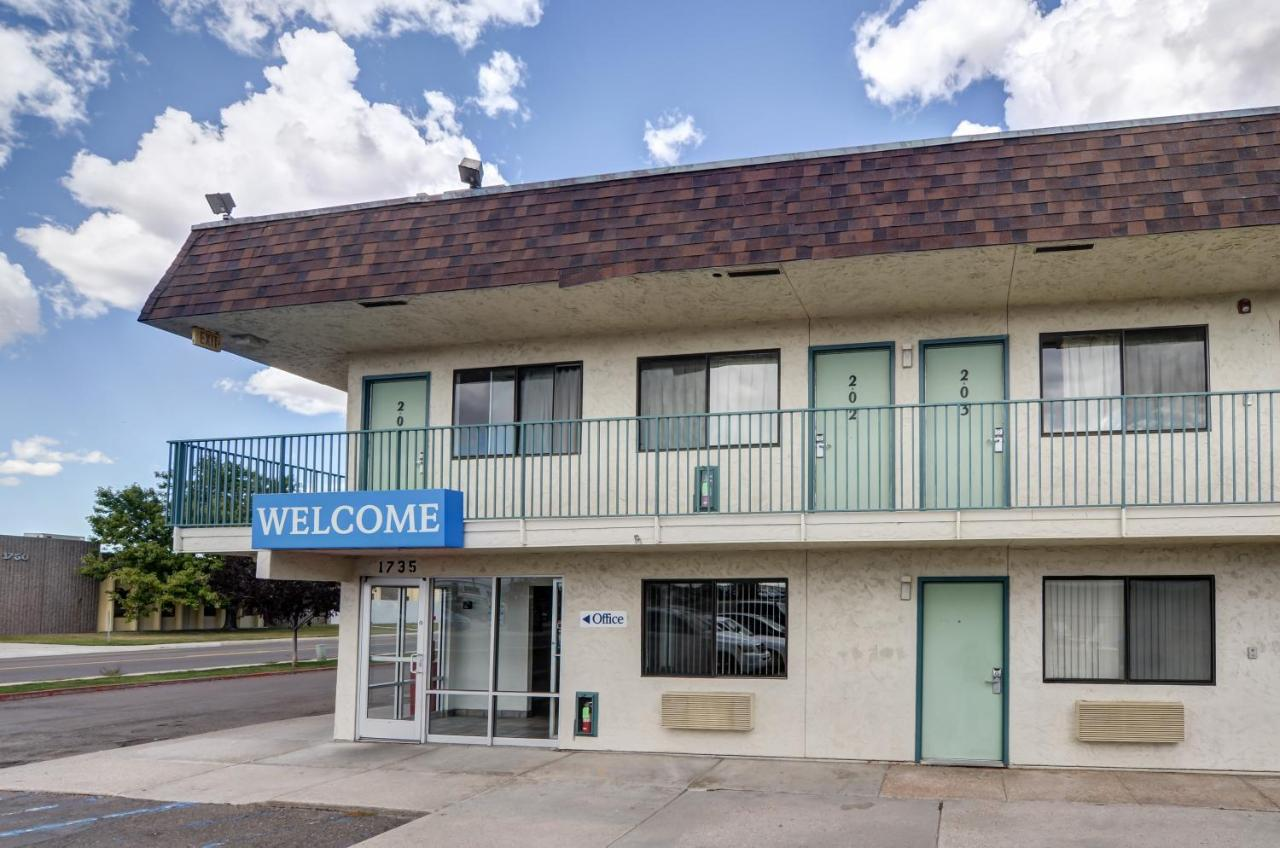 Hotels In Altvan Wyoming