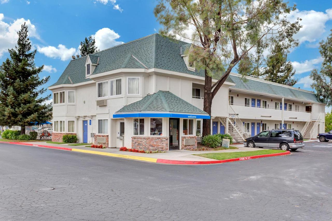 Hotels In Wilfred California