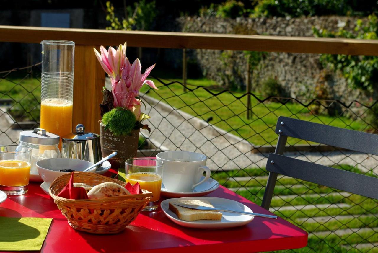 Bed And Breakfasts In Saint-maixent-sur-vie Pays De La Loire