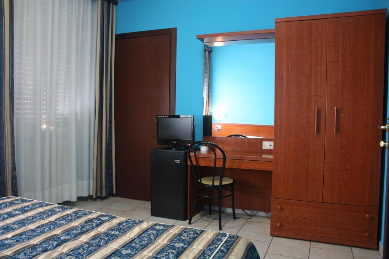 Hotel Ornato Gruppo Mini Hotel Hotel Alessander Milan Italy Bookingcom