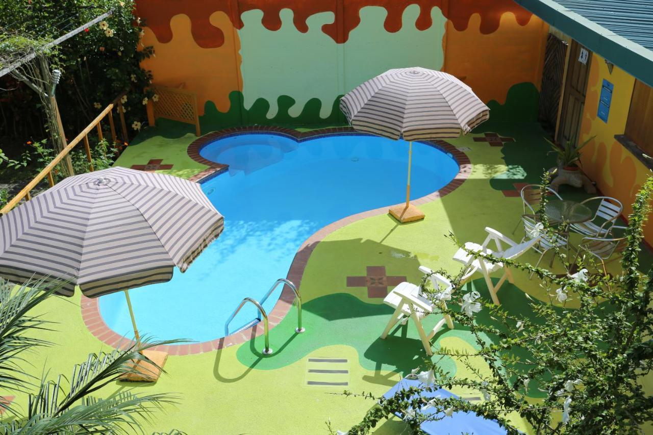 Hotels In Bonifacio Limon