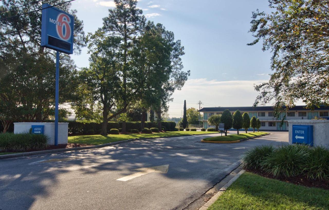 Hotels In Lake Park Georgia