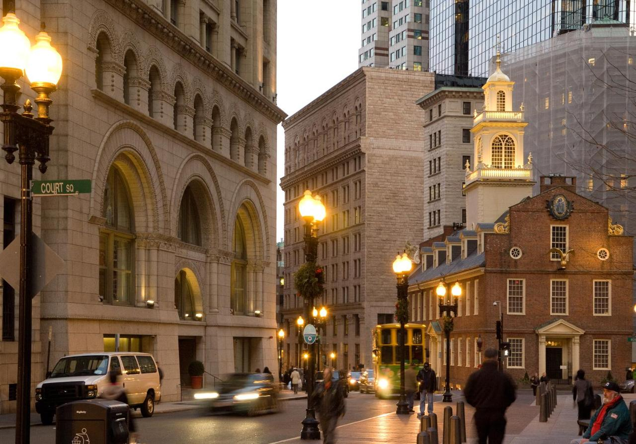 Ames Boston Hotel, Curio Collection by Hilton, Boston – Updated 2018 ...